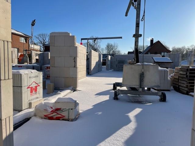 Schäferhaus: Beginn der Maurerarbeiten der Innenwände aus Kalksandstein (Aktuell pausiert)