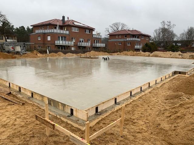 Schäferhaus: Fundamentplatte fertig